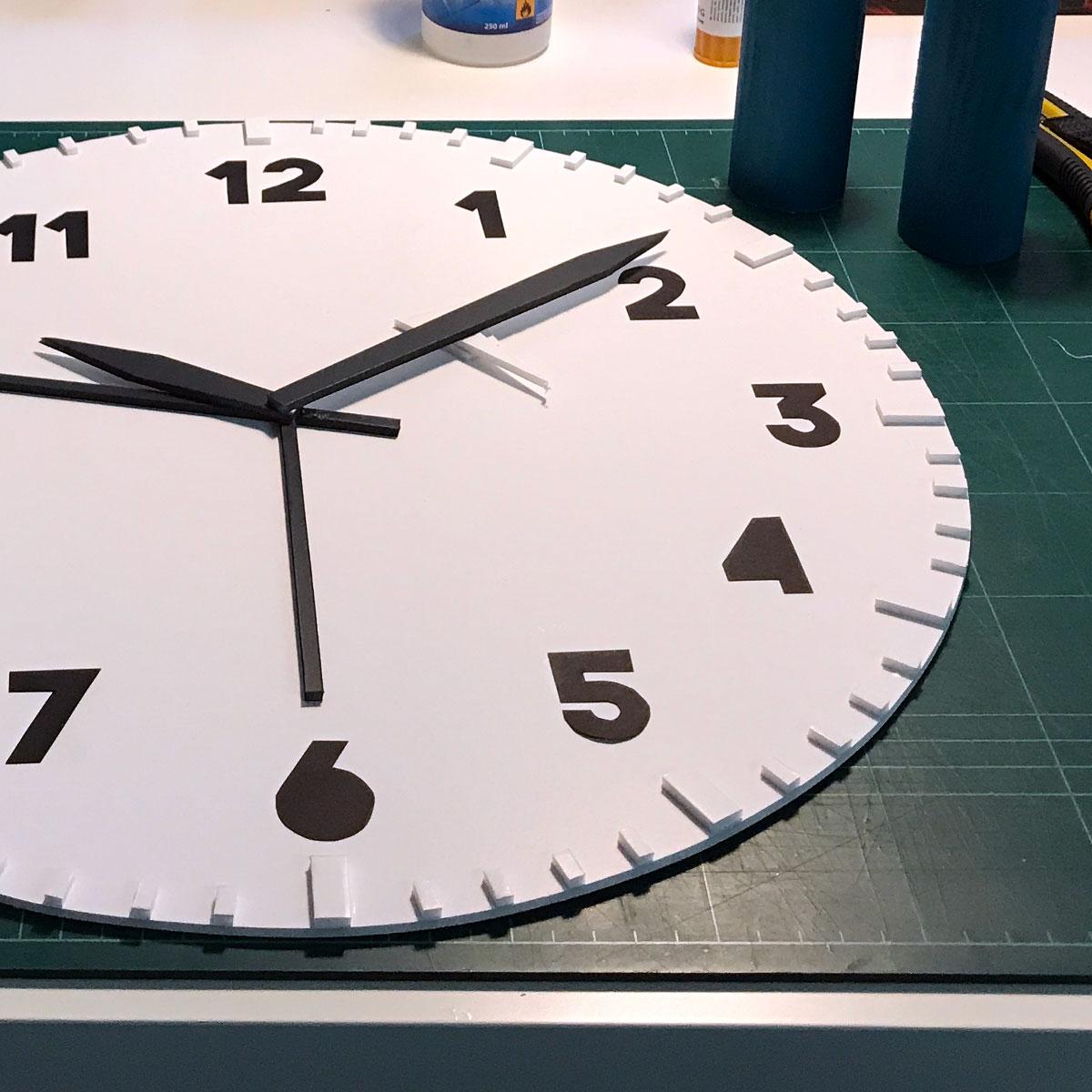 makingof_alarm_clock_handmade