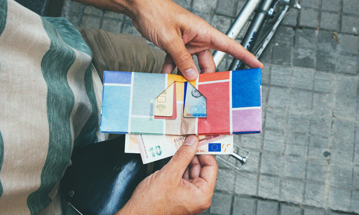 paper_wallet_bike_bigcolorfulsquares